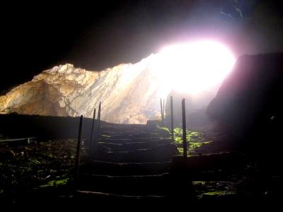 تور یک روزه غار بورنیک و روستای هرانده  تور تعطیلات عید قربان 